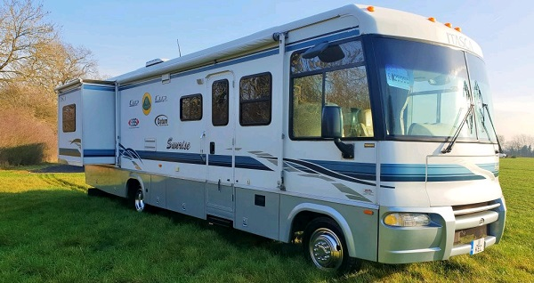 itasca-rv-covers-lifestyle.jpg